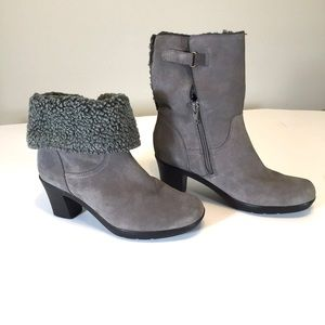 Clarks Bendables Suede Foldover Mid Calf Boots 6